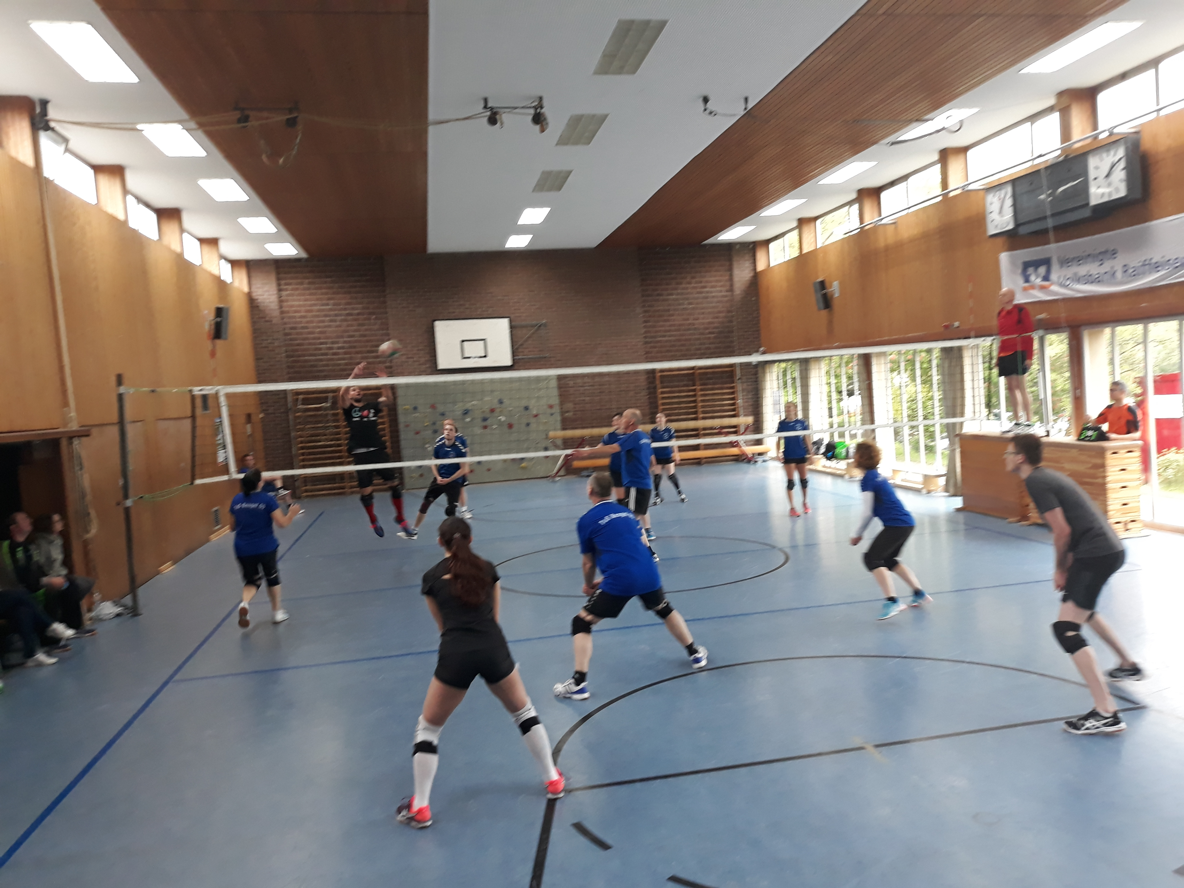 Volleyball Turnier Bausendorf.jpg